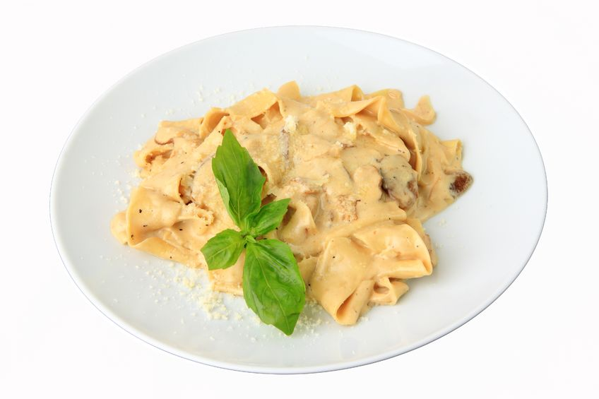 Delicious Italian Pasta (Pappardelle con Speck)